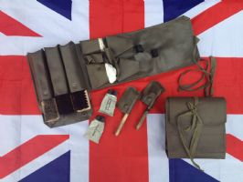 LARGE BOOT POLISHING KIT